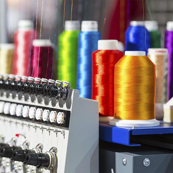 maquina textil fábrica de confección textil