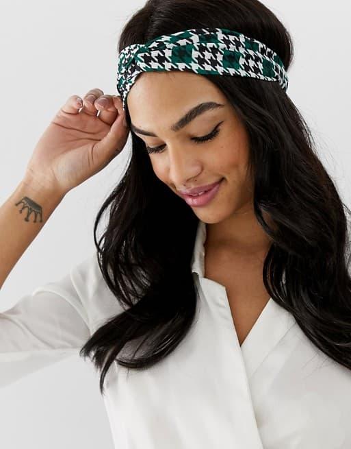 11109933 1 green Todo sobre los complementos y las telas Vichy en verano. ¡Complementa tu outfit!