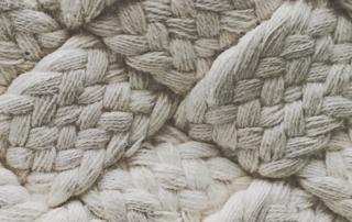 DESTACADA DEF 1 3 Detrás de la lana en una fábrica de tejidos
