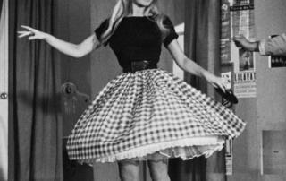 bardot cuadris vichy e1540458989261 Vichy estampado de moda: cuadros Vichy para delantales y vestidos cuadros vichy